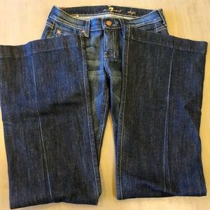 Never worn!! 7 for all Mankind Dojo flared jean